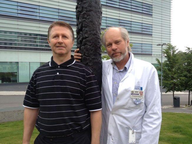 HJERNENE BAK: Overlege Øyvind S. Bruland (t. h.) og kjernekjemiker Roy H. Larsen står bak Norges første medisinske kreftgjennombrudd.