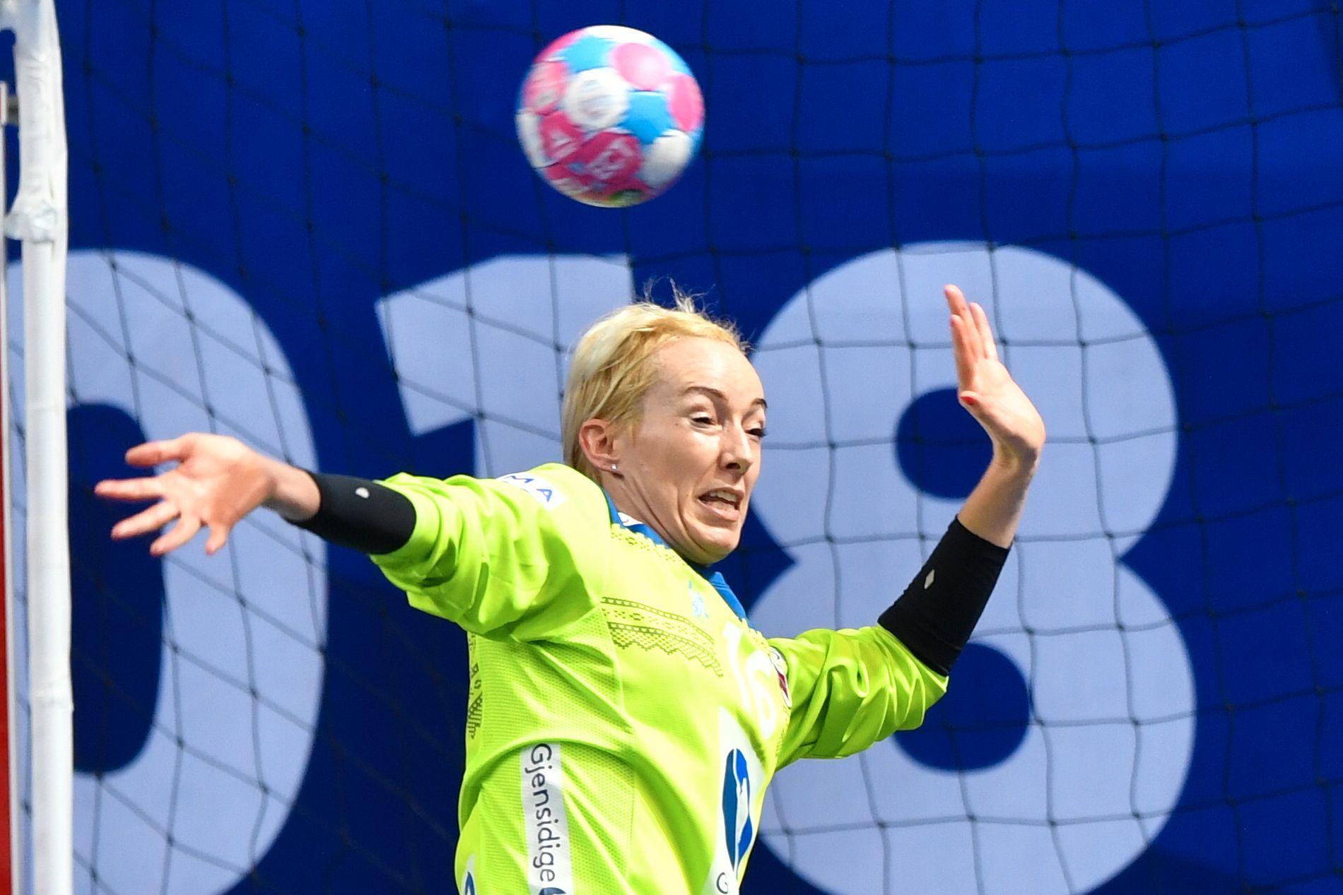 STORSPILTE: Katrine Lunde var tilbake fra start og dominerte mot Tsjekkia.
