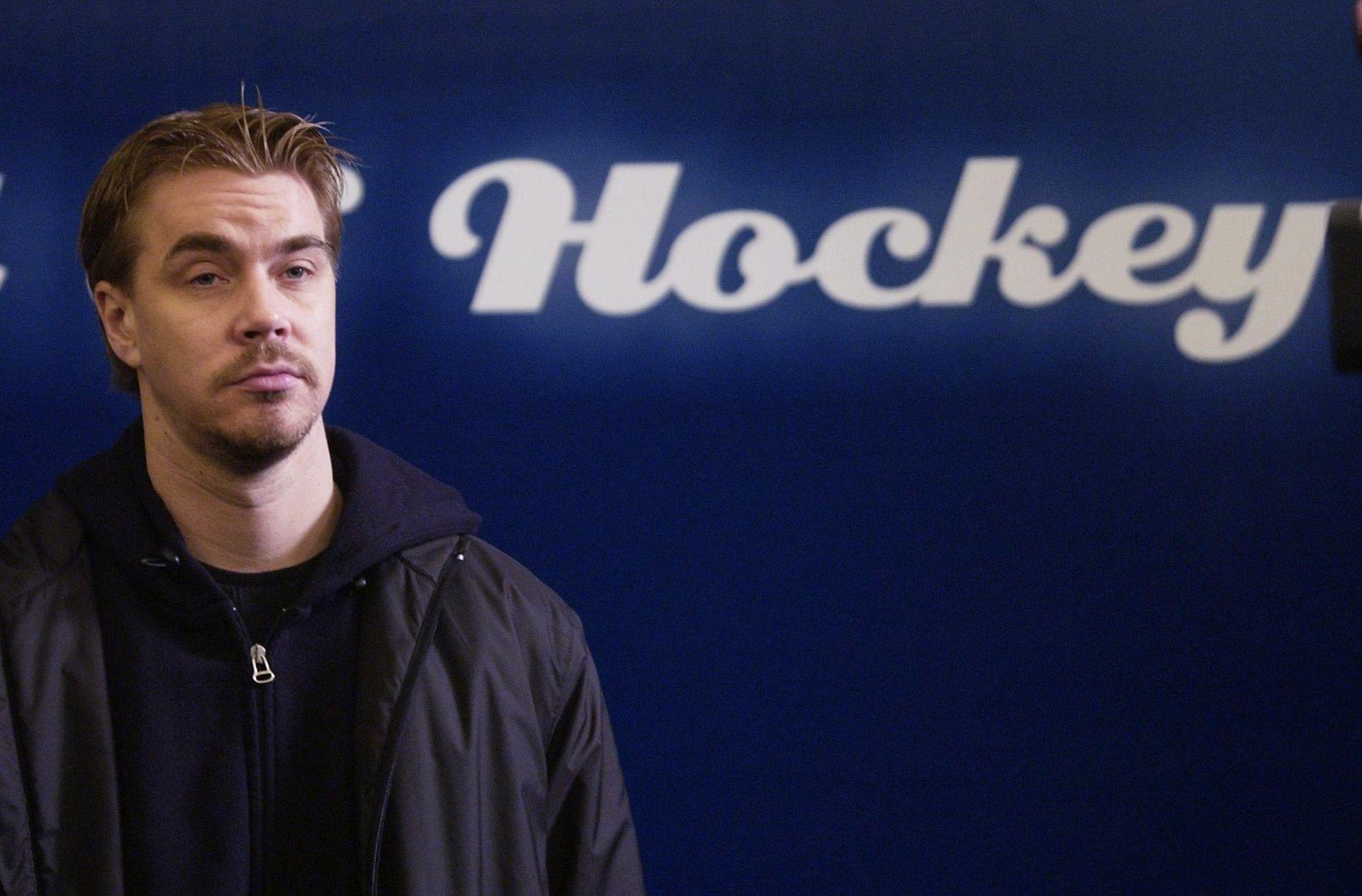 HOCKEYHELT: Tidligere hockeykeeper Tommy Salo forteller åpent om sine depresjoner og psykiske problemer.