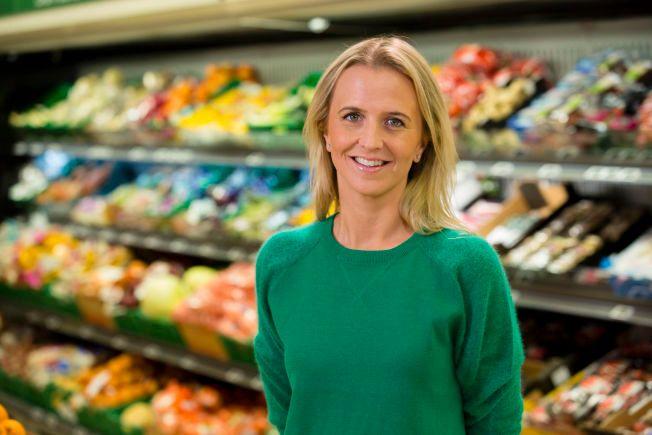 KAMPKLARE: Kristine Aakvaag Arvin i Kiwi lover at dagligvarekjeden skal være med i priskrigen - hele løpet ut.