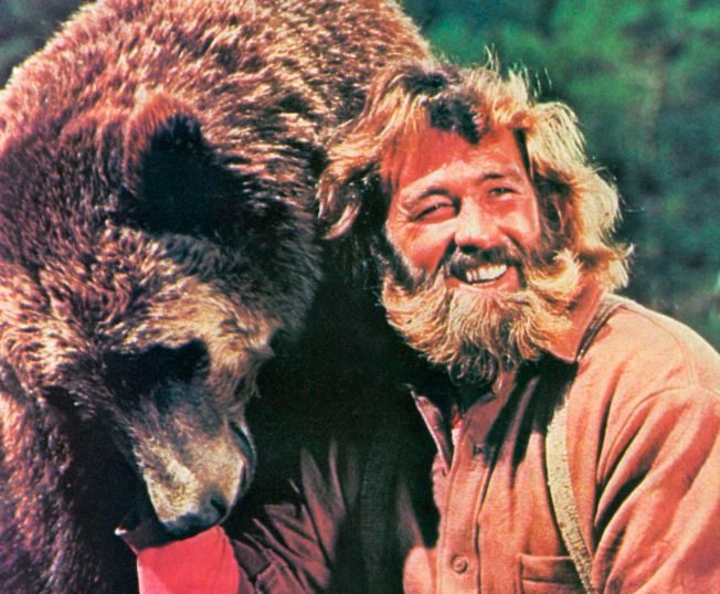 GRIZZLY-MANNEN: Dan Haggerty i sin mest kjente rolle som «Grizzly Adams».