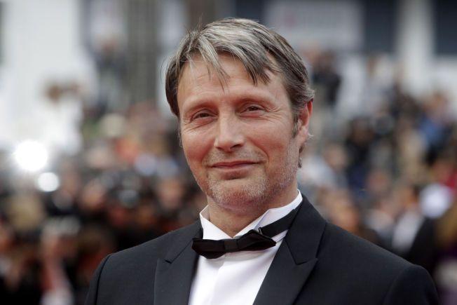 «STAR WARS»-KLAR: Mads Mikkelsen skal portrettere en av figurene i «Rogue One», men foreløpig har Disney røpet få detaljer om rollen hans. Her er dansken avbildet under Cannes-festivalen tidligere i år.