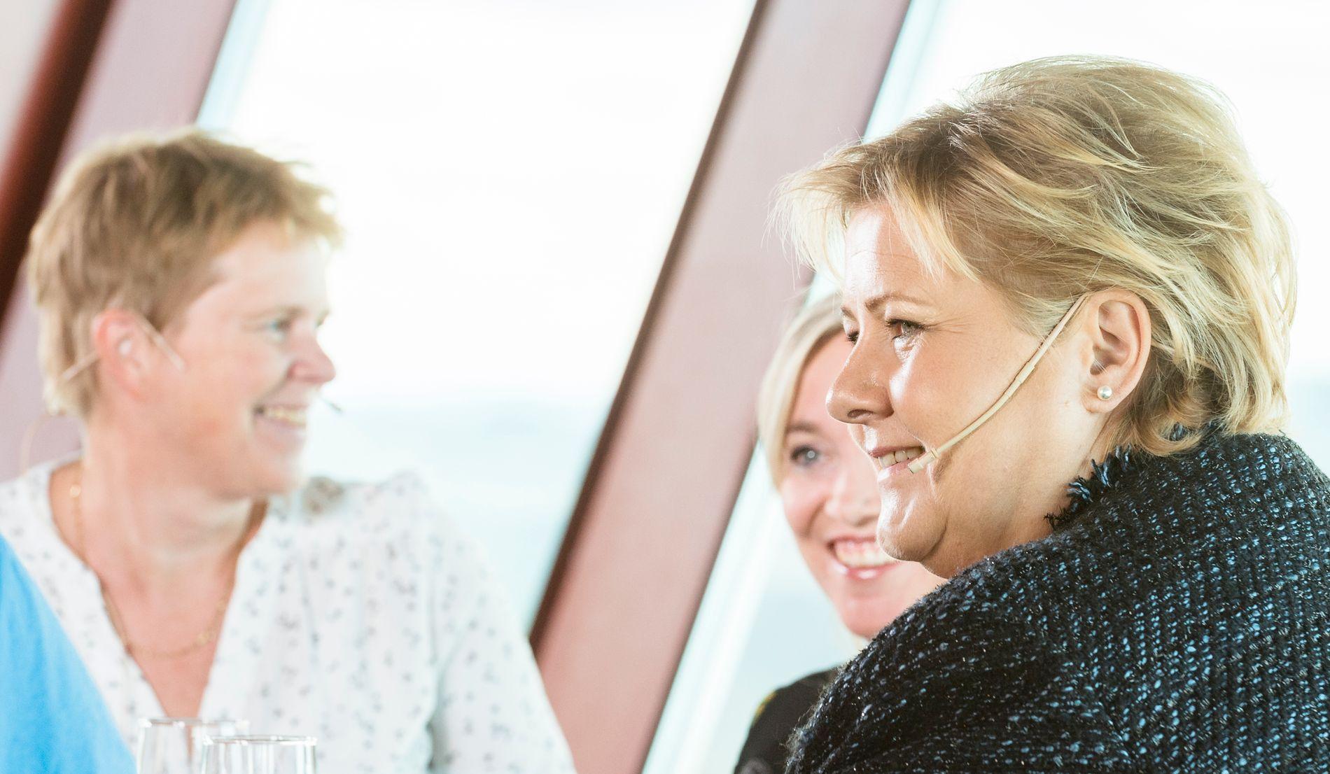 TRØNDER-KRITIKK:  Høyres Ingrid Skjøtskift (t.v), ordførerkandidat i Trondheim, har langet ut mot Erna Solberg for manglende trønder-representasjon i regjeringen.