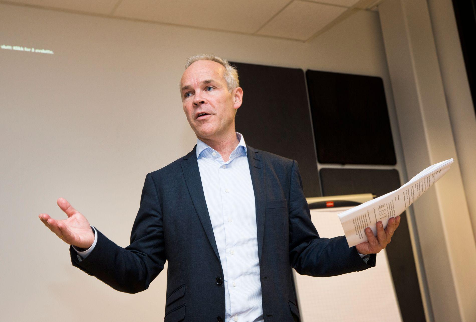 REFORMERER: Kommunal- og moderniseringsminister Jan Tore Sanner ønsker sterkere og større kommuner.