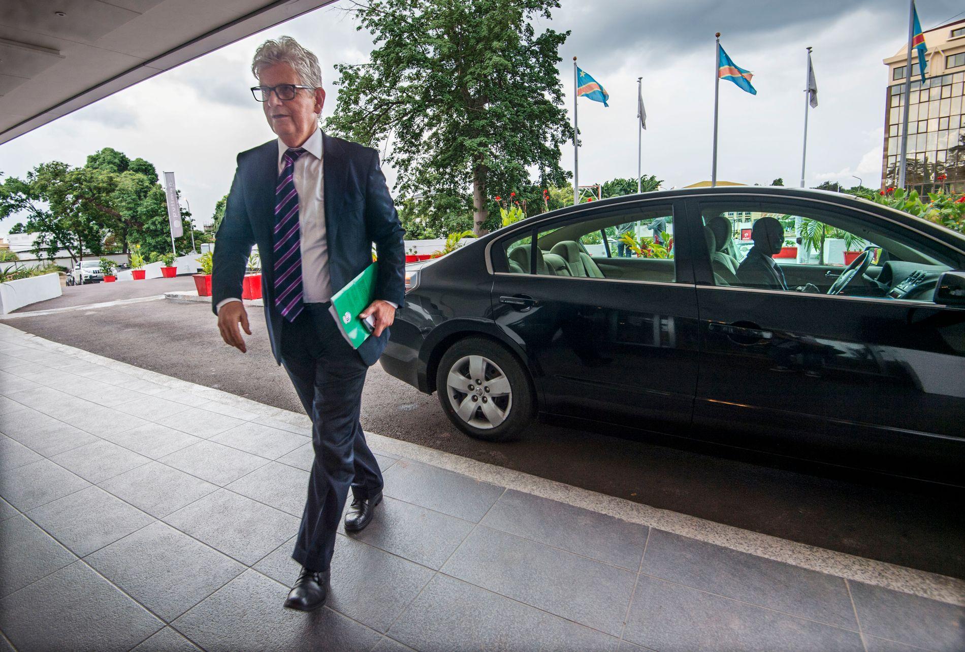 SUPER-DIPLOMAT: UDs spesialutsending Arild Øyen får mye av æren for løsningen på French-saken. Foto: Helge Mikalsen