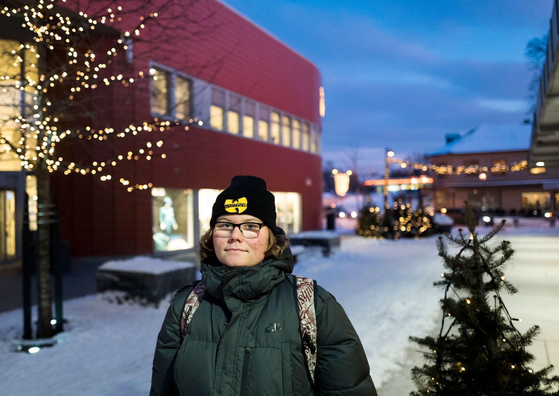 STUSSER: På Ringsaker videregående skole er elevene opptatte av hva som har skjedd med Janne Jemtland, forteller Alkesander Myreng (16).