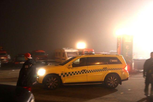 66103694 TO VOLDTEKTER: Natt til 1. mai ble det anmeldt en russevoldtekt i både  Tønsberg og på Tryvann i Oslo. Bildet er tatt utenfor Tryvann i natt.