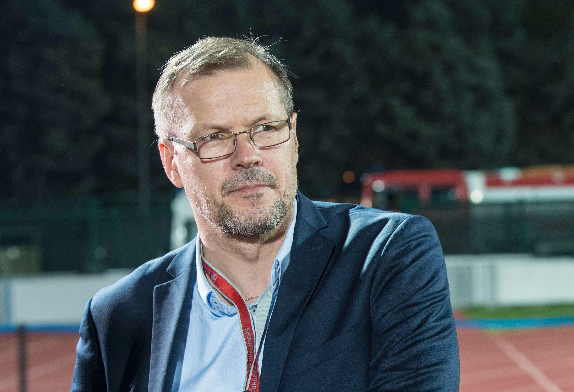 TIDLIGERE VIF-TRENER: Kjetil Rekdal trente Vålerenga til gull i 2005. Han har trent laget i to ulike perioder. Her som ekspert i 2017 i forbindelse med en landskamp.