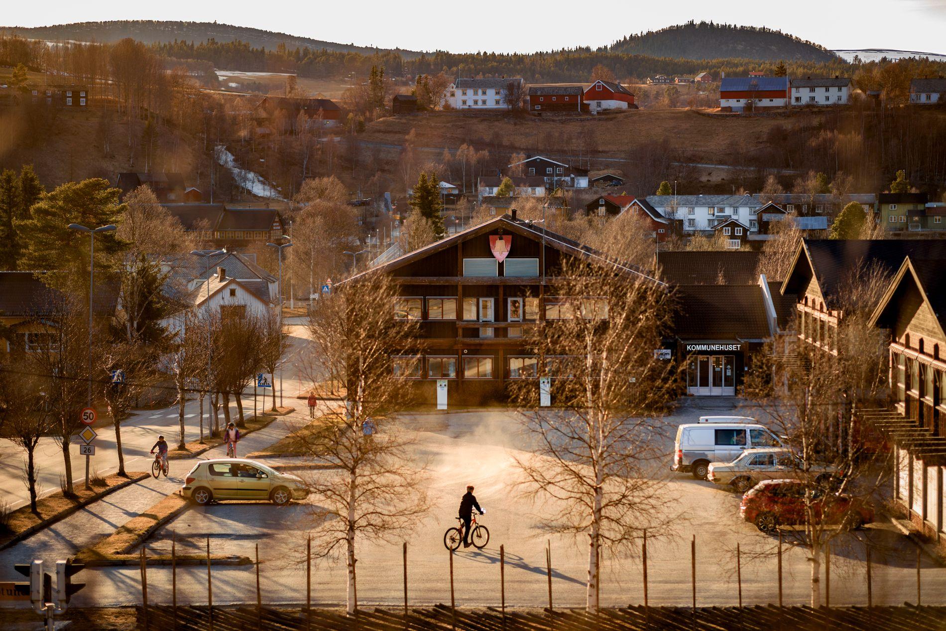 MÅ SVARE: Tolga kommune vil etter alt å dømme få besøk av granskerne fra Fylkesmannsembetet i Hordaland, opplyser granskingsleder Rune Fjeld til VG. På bildet ser vi kommunehuset i Tolga.