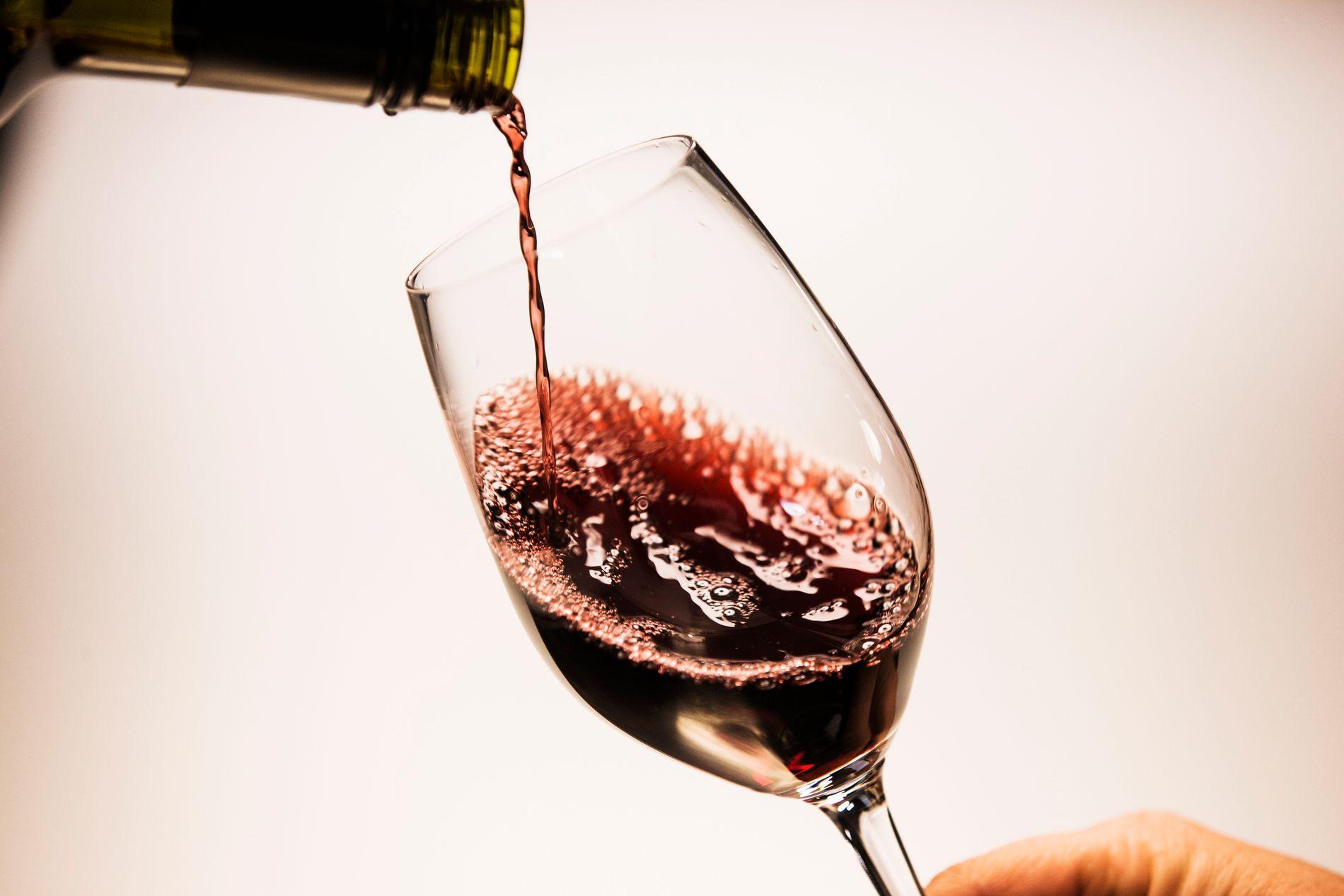 vinmonopolet påsken 2020