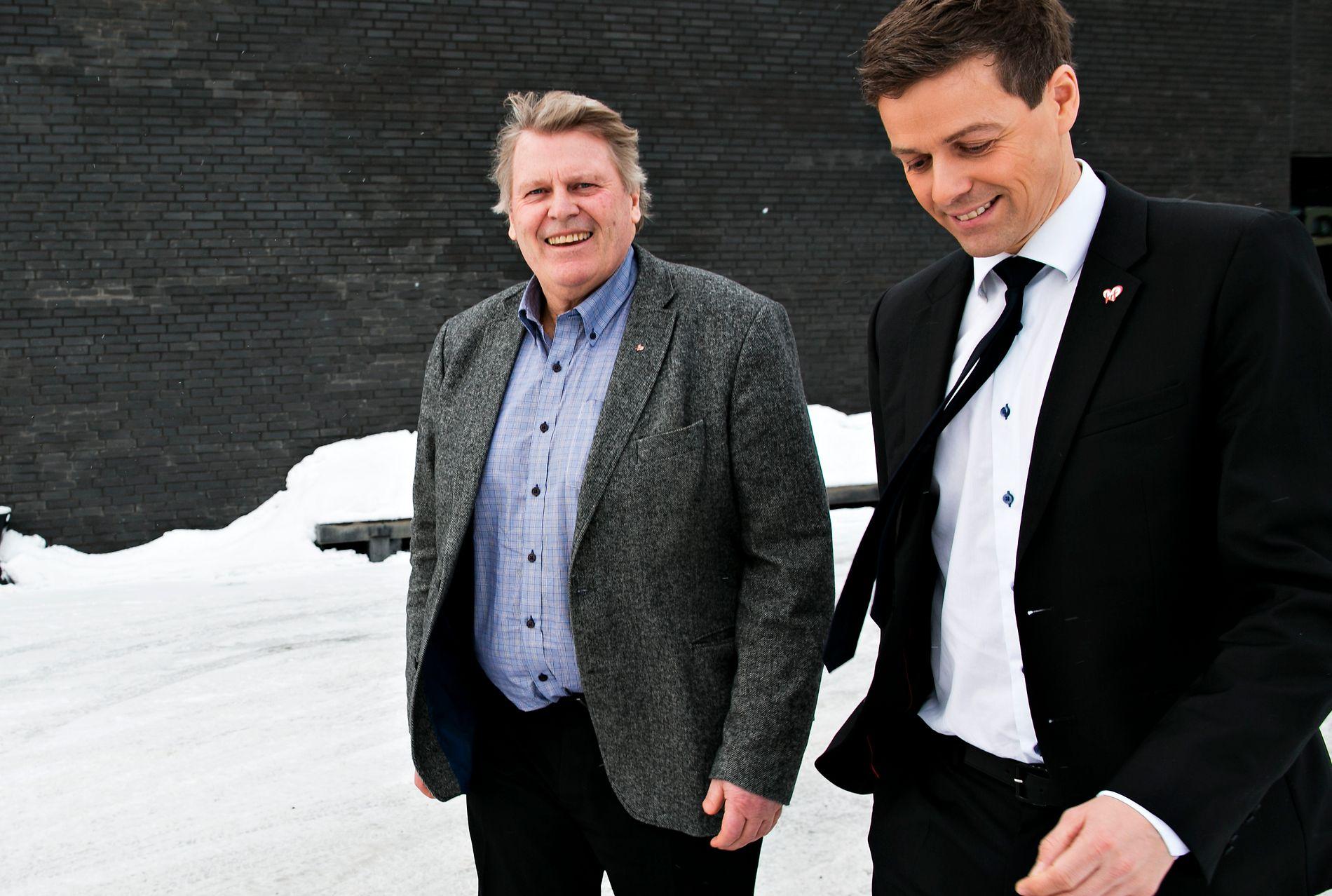 INGEN PARADEMARSJ: Stortingsrepresentant Hans Fredrik Grøvan (til venstre) og partileder Knut Arild Hareide, her sammen utenfor KrFs landskonferanse på Scandic Hotel Gardermoen i januar 2015.