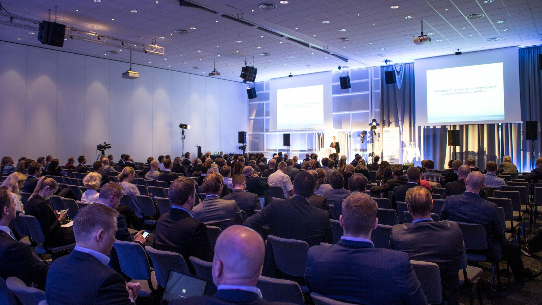 VIKTIGE FOREDAG: Deltakerne kan se frem til foredrag fra noen av de tyngste personlighetene i norsk telekom-bransje. Foto: Tek.no