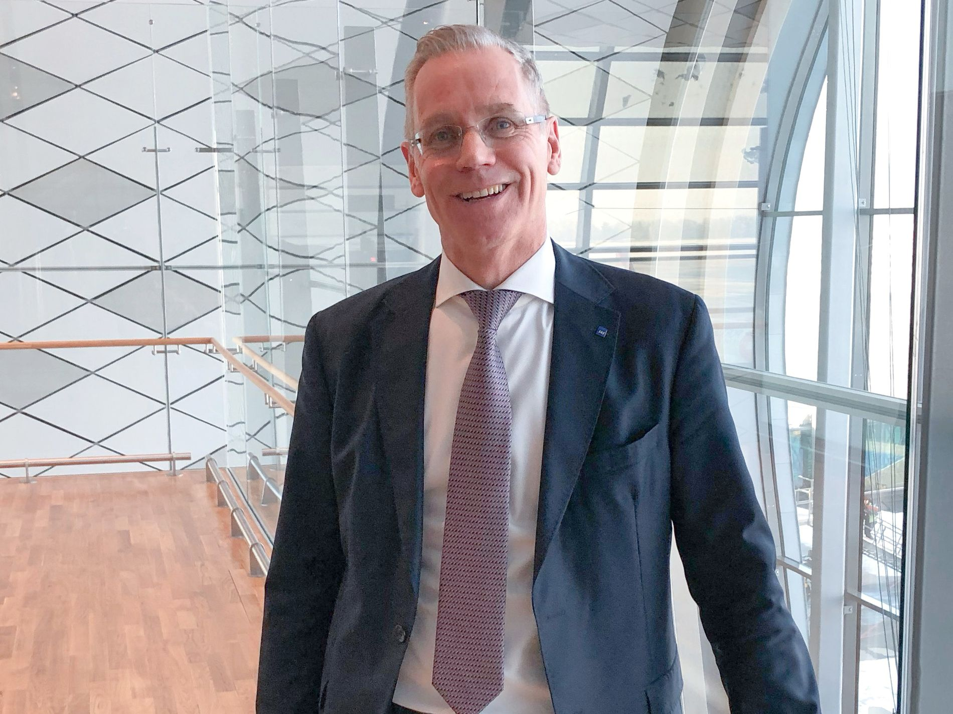 Konsernsjef Rickard Gustafson i SAS avbildet på Oslo Lufthavn