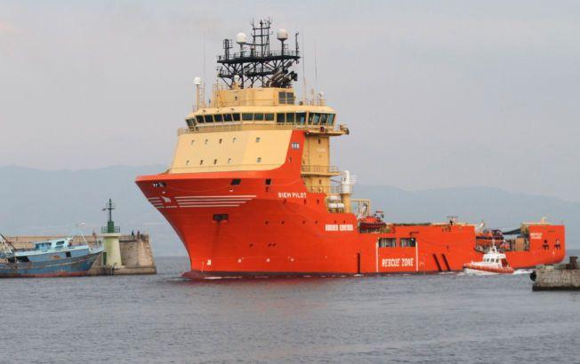 BYGGET FOR NORDSJØEN: «Siem Pilot» stevner inn i havnen i Reggio Calabria tidligere i sommer. De siste månedene har det norske skipet bidratt til å redde flere tusen flyktninger.