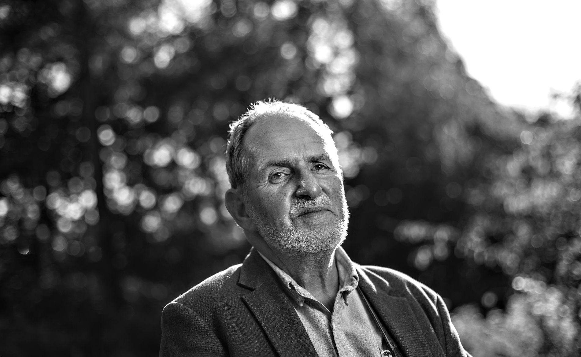 Forfatter Jon Michelet gikk bort 14. april i år, 73 år gammel. Han skrev til det siste og rakk akkurat å bli ferdig med bind seks av sitt magnum opus, «En sjøens helt».
