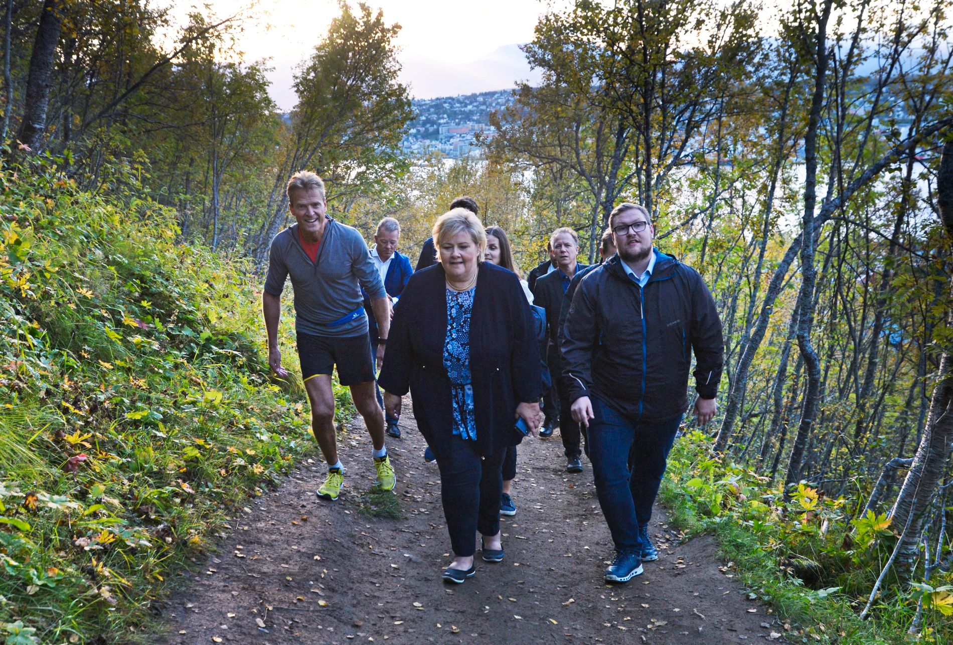 SKYFRI HIMMEL: Erna Solberg var 10. september i Tromsø, uvitende om at Hareide på samme tid jobbet med en tale om at han heller ville ha Jonas Gahr Støre.