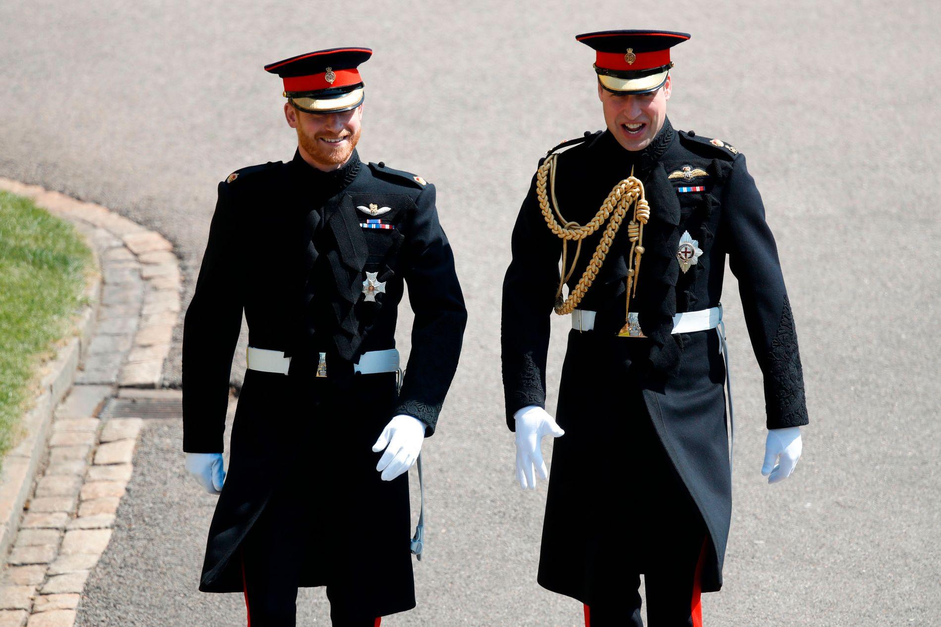 BRØDRE: Prins Harry og storebror prins William. Han er også forlover for lillebror.