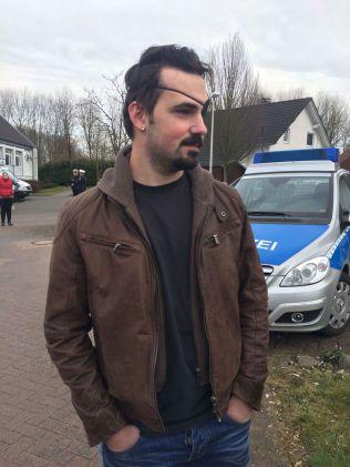 VANSKELIG Å FORSTÅ: Nabo Johannes Roszbata (23) mener det er merkelig å tenke på at Andreas Lubitz skal ha styrtet passasjerflyet med vile. Foto: MONA GRIVI NORMAN