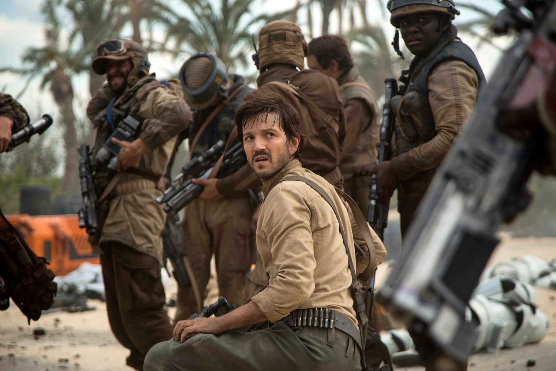 NYTT EVENTYR: Diego Luna som Cassian Andor i «Rogue One: A Star Wars Story».