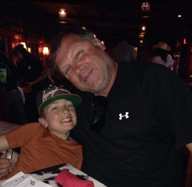 FAR OG SØNN: Faren Sean og sønnen Brodie Copeland.