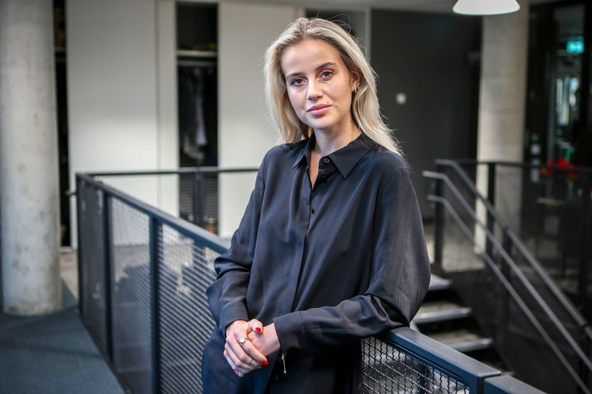 TAR PAUSE: Anniken Jørgensen fikk en knekk etter bråket rundt bokdebuten sin.