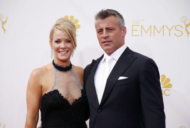 OVER OG UT: Andrea Anders og Matt LeBlanc har vært kjærester i åtte år. Her på rød løper i forbindelse med Emmy Awards i august i fjor.