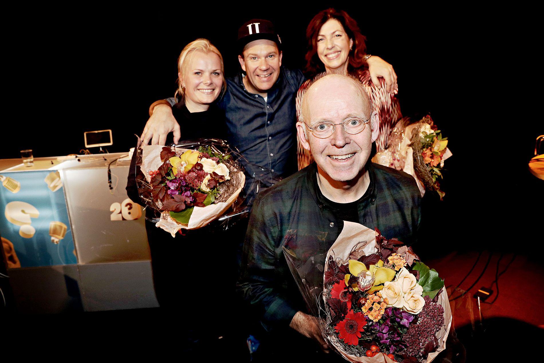 BLE TAKKET AV: Ingrid Gjessing Linhave, Bjarte Hjelmeland, Helén Vikstvedt og Trond-Viggo Torgersen har akkurat spilt inn de siste to episodene av «20 spørsmål».