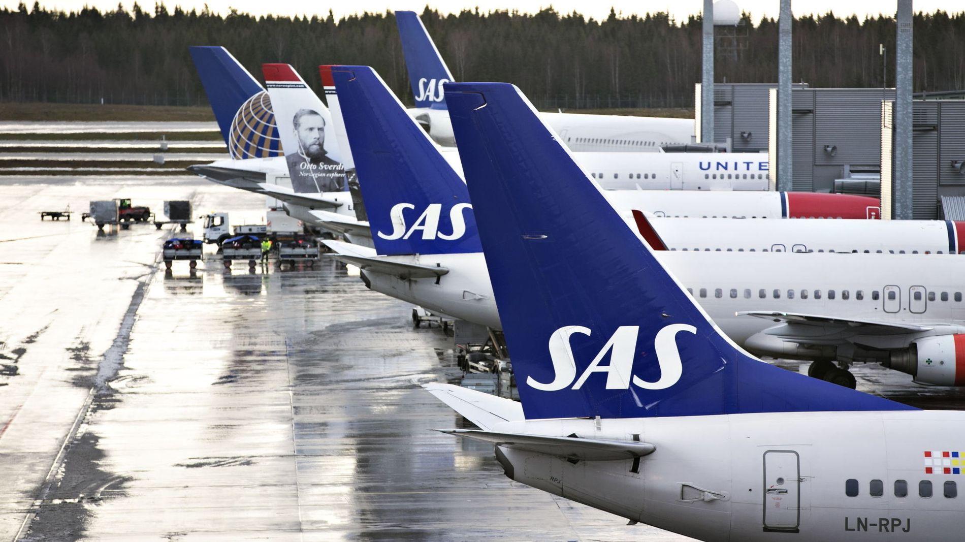 - TØFF KONKURRANSE: SAS melder at konkurransen og presset i markedet fortsatt er tøft. Dermed gikk det fra overskudd i fjor til underskudd i år. Bildet er fra Oslo Lufthavn.