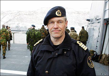 FLAGGKOMMANDØR: Nils Andreas Stensønes er sjef for Kysteskadren. Foto: TORBJØRN KJOSVOLD/Forsvaret