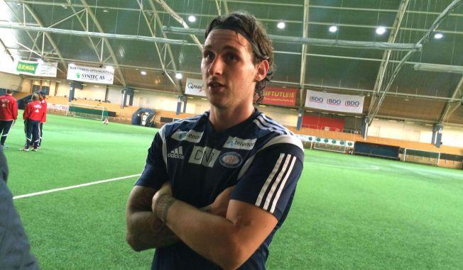 PÅ VIF-TRENING: Gary Martin håper på kontrakt i Norge etter å ha blitt toppscorer i den islandske ligaen.