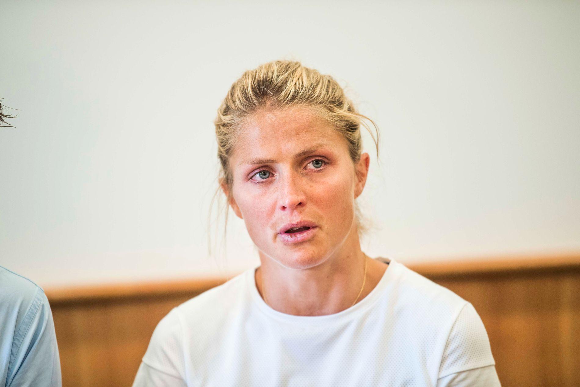 NEDBRUTT: Therese Johaug på pressekonferansen i Seiser Alm etter at dommen fra CAS ble offentlig kjent.