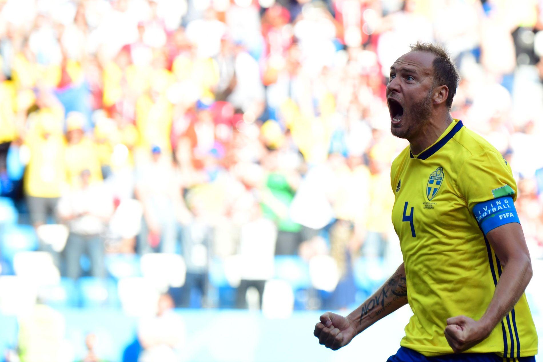 KUNG GRANQVIST: Han var den store helten i playoffen mot Italia, og han satte straffen mot Sør-Korea. «Svenskere» helt enn Andreas Granqvist er det vanskelig å finne.