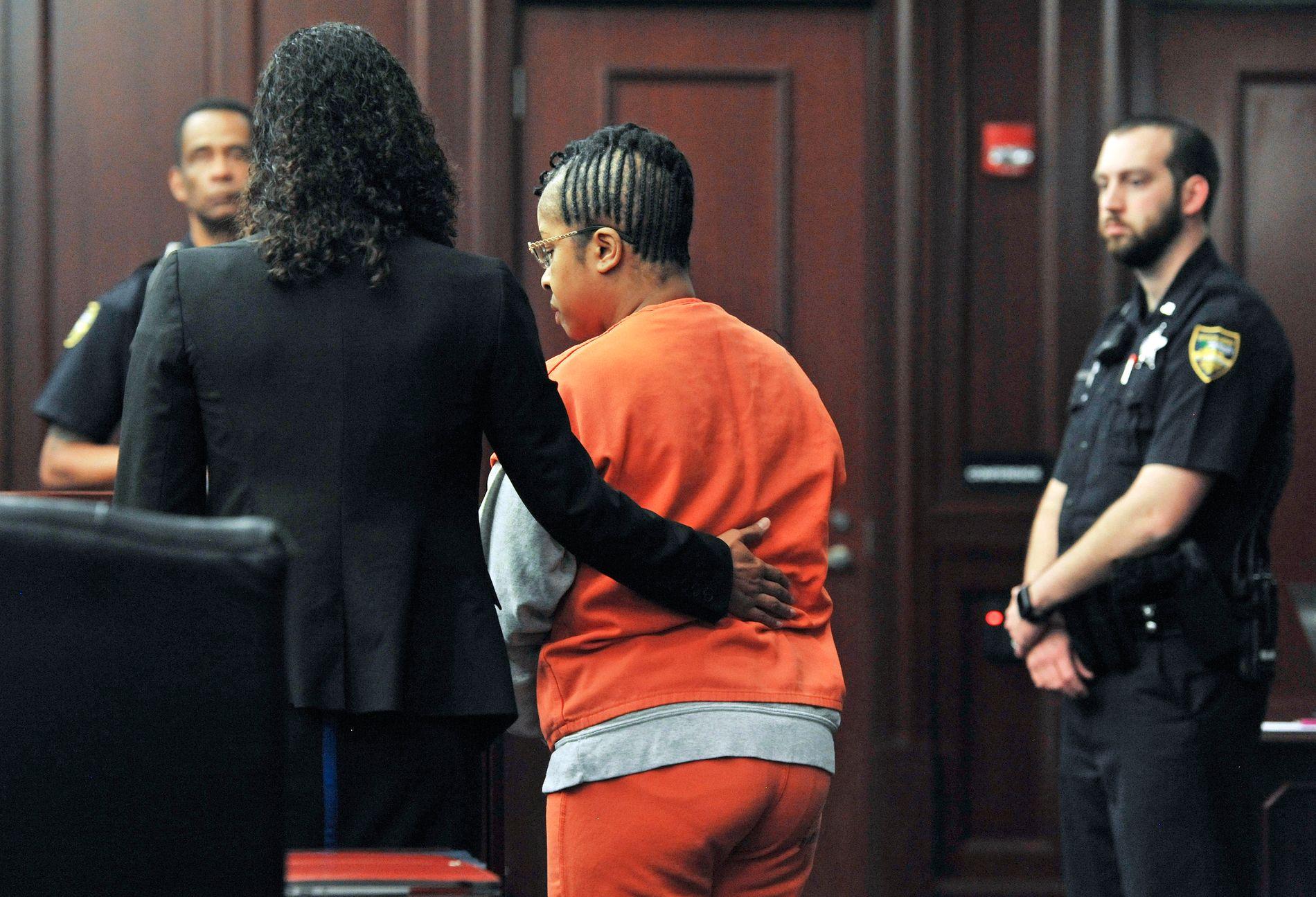 RISIKERER 22 ÅRS FENGSEL: Gloria Williams møtte mandag i retten i Jacksonville i Florida.