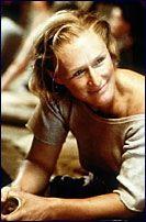 Filmstjernen har spilt mange kontroversielle roller i sitt liv, men det er rollen i «Farlig Begjær» folk først og fremst forbinder henne med. Dessverre, mener Close selv.
