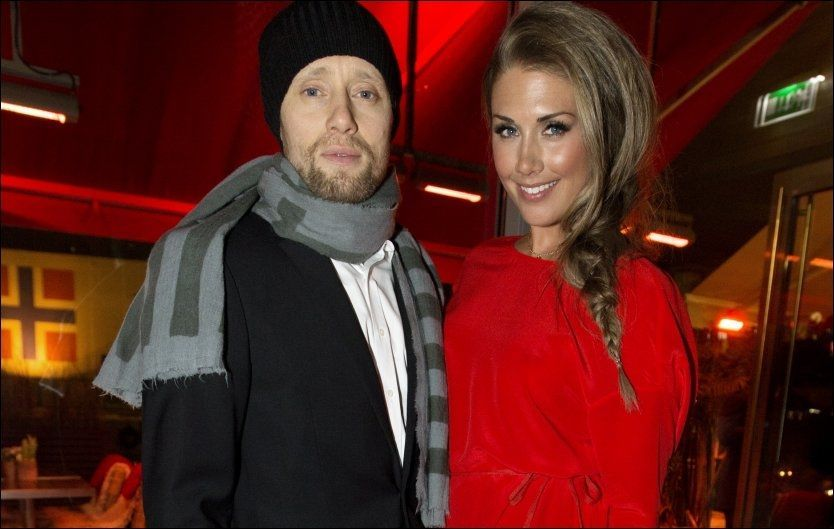 BRUDD: Tone og Aksel sammen på lanseringen av TV-serien om henne. Foto: ESPEN BRAATA