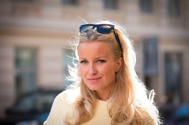 ADVARER: Blogger og stylist Hedda Skoug advarer andre mot overdreven solariumbruk etter at hun selv fikk føflekkreft.