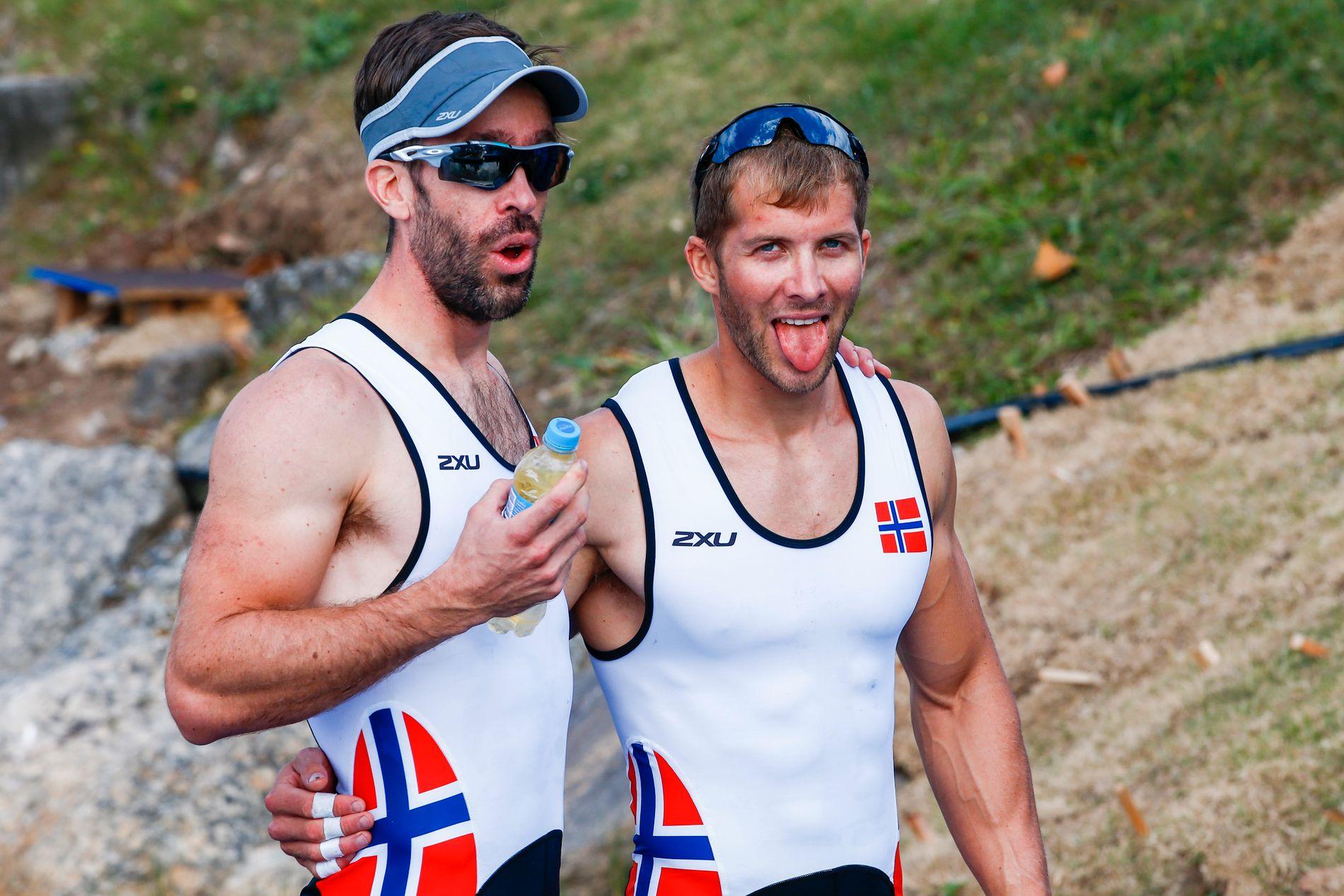 HELT UTSLITT: Både Kristoffer Brun (til høyre) og Are Strandli slet tungt etter semfinale-utblåsningen.