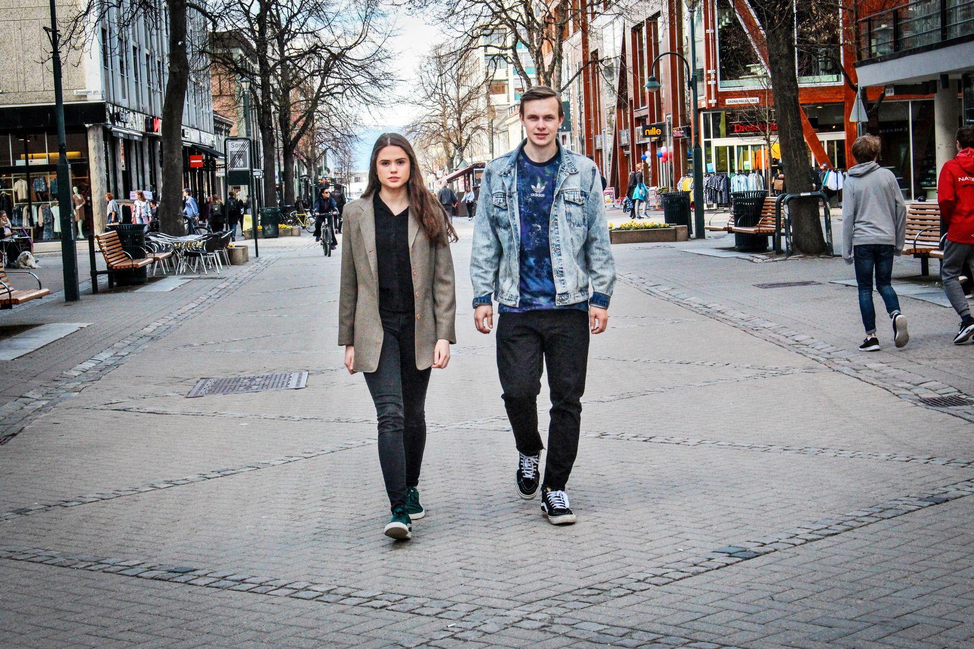 - VIKTIG TEMA: Maria Glørstad og Erik Holden i Elevorganisasjonen i Sør-Trøndelag mener det er tabubelagt å snakke om psykiske problemer blant ungdommer.  FOTO: HILDE KRISTINE MISJE, VG