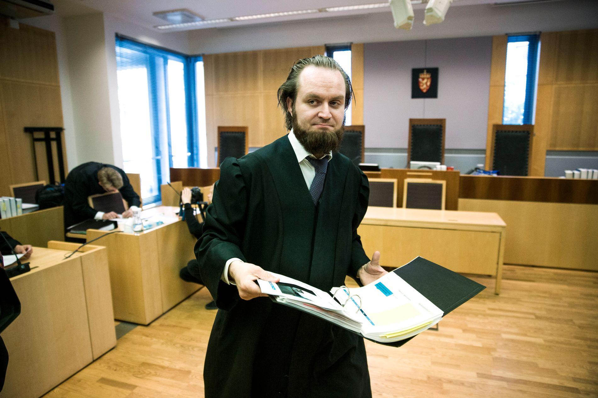 FORNØYD: Advokat Nils Christian Nordhus er tilfreds med den ferske avgjørelsen om at familievoldssaken nå skal føres for retten på nytt.