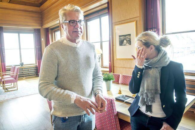 DET VONDE ØYEBLIKKET: Følelsene ble så sterke da Oslo-ordfører Fabian Stang fortalte om overgrepet han ble utsatt for som tenåring. For ikke en gang kona Catharina Munthe hadde fått vite noe om sin manns smerte – før nå. Tårene trillet.
