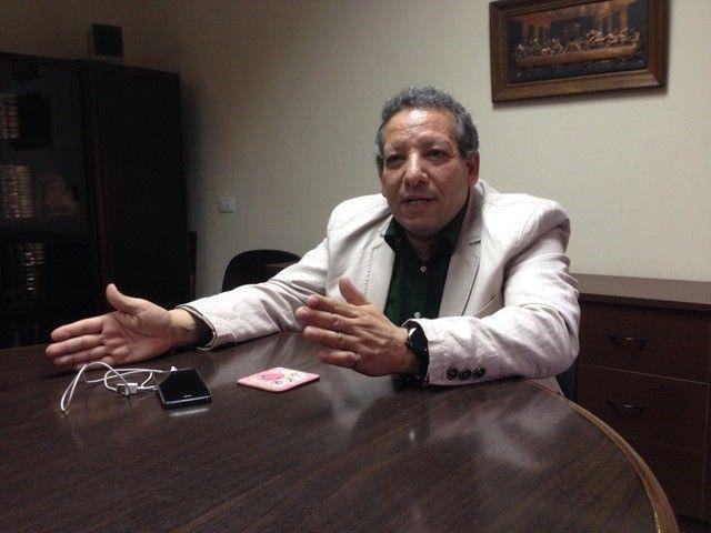 HÅP: Situasjonen er tøff for koptiske kristne i disse dager, men pastor Fawzi Khalil har troen på toleranse og kjærlighet