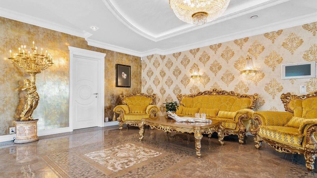 INSPIRASJON FRA LUKSUSHOTELLER: I salgsoppgaven skrives det også at det i planleggingsfasen ble hentet inspirasjon fra Palazzo Versace i Dubai og Emirates Palace i Abu Dhabi.