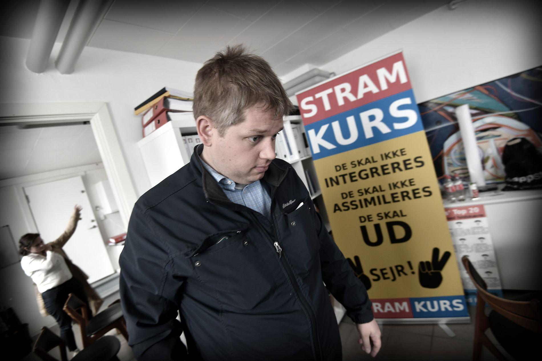 REBELL I KJELLERLEILIGHET: Rasmus Paludan og hans Stram Kurs kan få fem plasser på Folketinget ifølge siste meningsmåling.