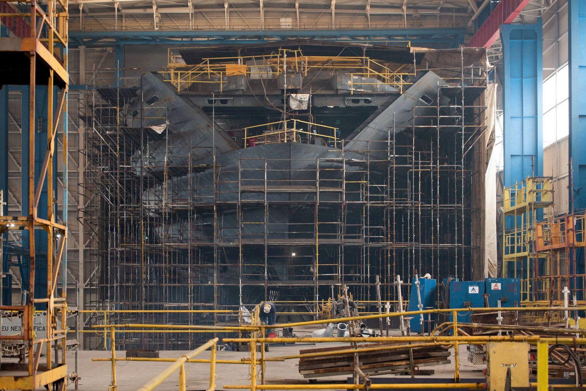 VERDENS LENGSTE: Skipet «REV» blir verdens lengste yacht med sine 182,9 meter.