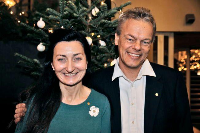 SKILLES: May-Britt og Edvard Moser, her fra Nobelpris-utdelingen i Stockholm, har besluttet å skille lag etter et langt ekteskap.