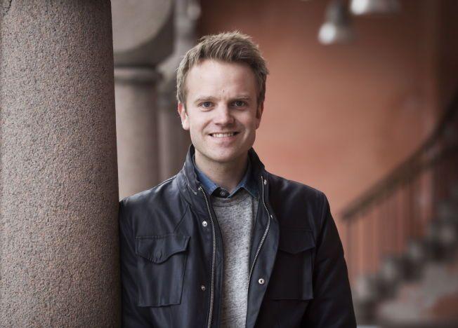 GULLRUTEN: Erik Solbakken er nominert til Publikumpsprisen for sin humorserie Karl Johan på NRK.