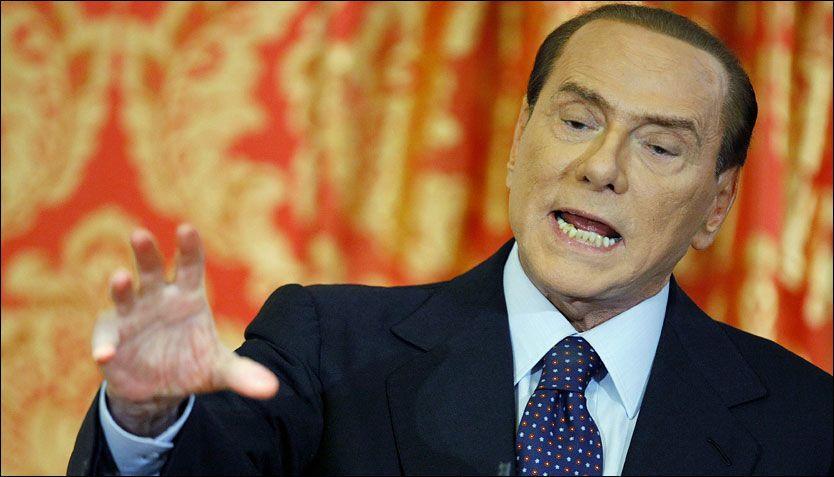 TILBAKE: Italias statsminister Silvio Berlusconi kommer til å gjøre comeback foran valget neste år, hevder noen av tilhengerne hans. Foto: Reuters