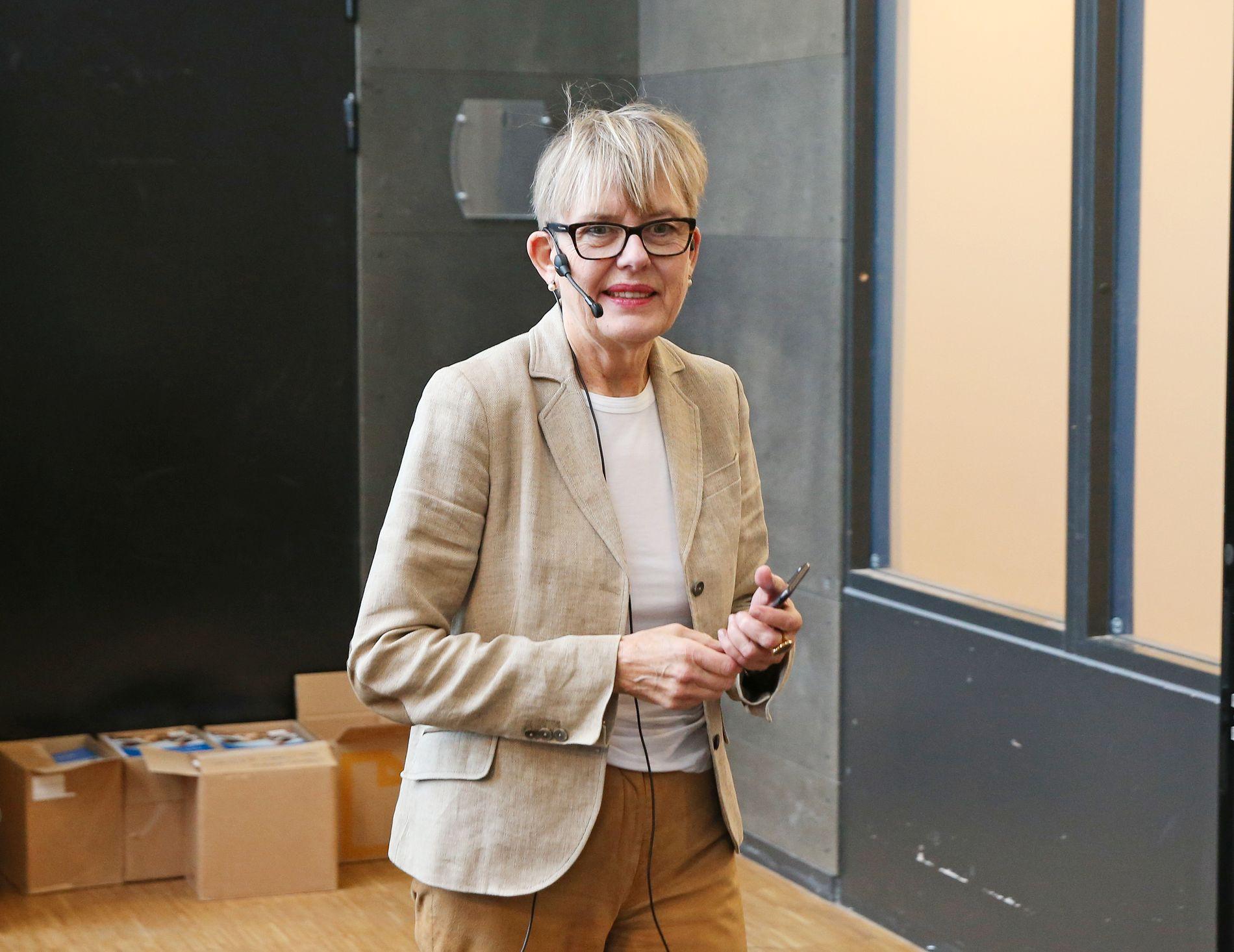 SKOLESJEF: Astrid Søgnen, direktør i Utdanningsetaten i Oslo sier til VG at hun ikke kommenterer arbeidsforholdet sitt. I dag taler hun på et møte med alle skolelederne i Oslo på Fyrstikkalleen skole (F21).
