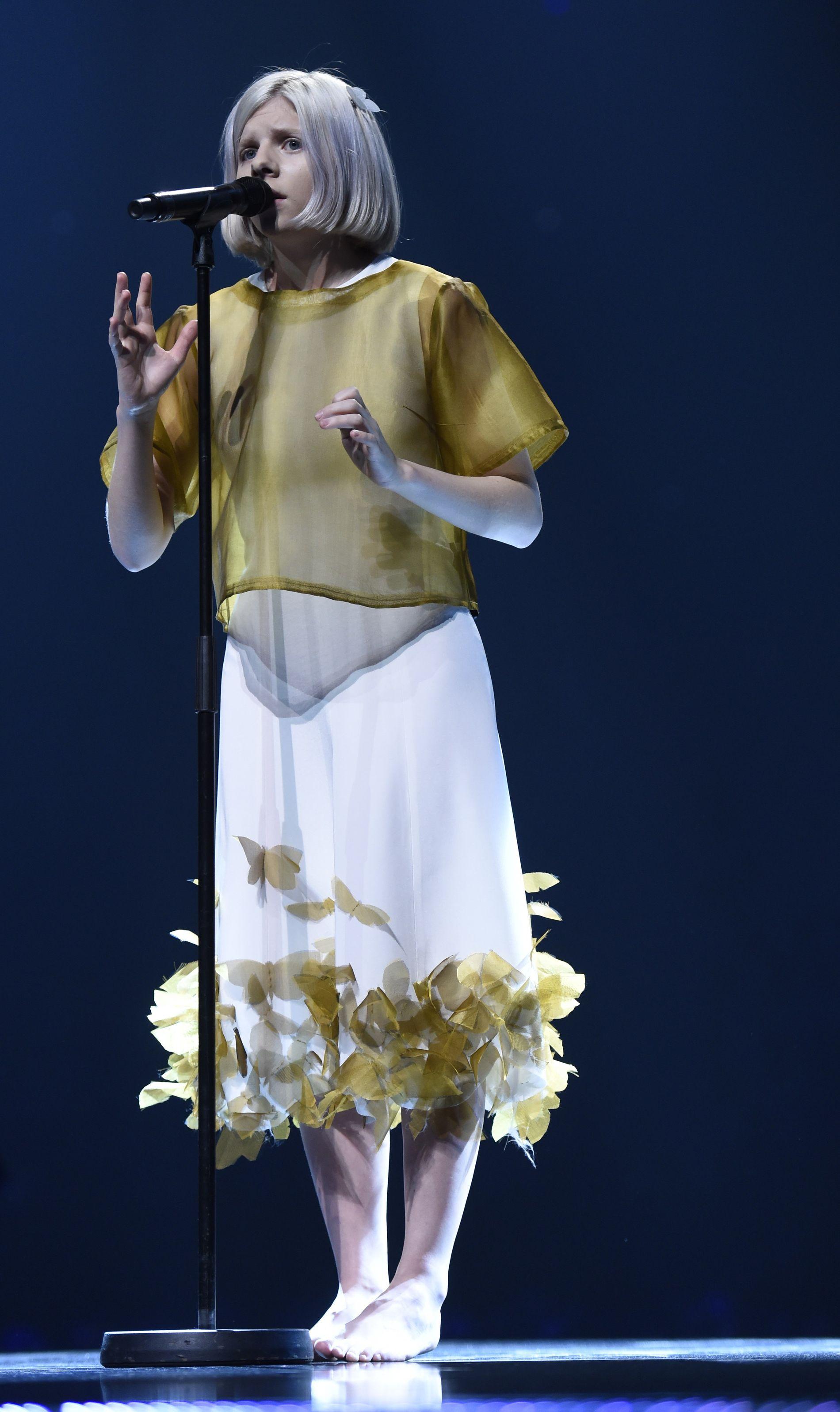 GLOBAL SPREDNING: Aurora Aksnes på Nobelkonserten 2015. Konserten TV-sendes i mange land. Foto: AFP