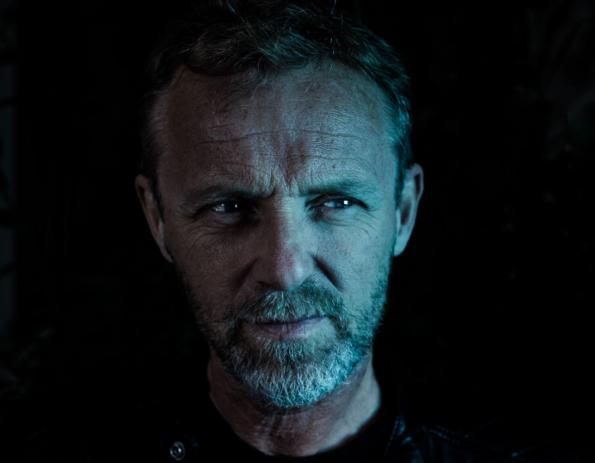 I KLINSJ MED SHAKESPEARE: Jo Nesbøs krimroman basert på Shakespeares «Macbeth» har et spenningsnivå på topp - og en forrykende avslutning, mener VGs anmelder